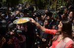 Shilpa Shetty Ganpati visarjan on 6th Sept 2016 (83)_57cfb83a891d0.JPG