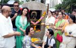 jackie shroff,poonam dhillon,avitesh,anivesh,vijayta shrivastava,jyotsna dighe & bhawana somaya at Late Aadesh Shrivastava Chowk inauguration in Andheri W on 6th Sept 2016_57cf9cd84133e.jpg