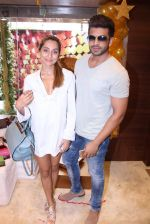 Anusha Dandekar during the launch of India_s first customized gold coin store IBJA Gold, in Mumbai on 7th Sept 2016 (2)_57d10f28c9b30.JPG
