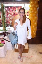 Anusha Dandekar during the launch of India_s first customized gold coin store IBJA Gold, in Mumbai on 7th Sept 2016 (5)_57d10f30a53c1.JPG