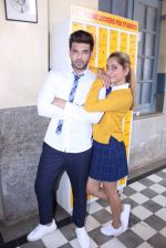 Anusha Dandekar, Karan Kundra at the promo shoot of upcoming season 2 of MTV_s Love school on 7th Sept 2016 (35)_57d1102bb3fa3.JPG