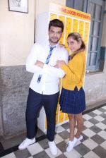 Anusha Dandekar, Karan Kundra at the promo shoot of upcoming season 2 of MTV_s Love school on 7th Sept 2016 (42)_57d110328dd37.JPG
