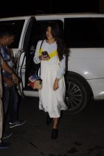 Jacqueline Fernandez snapped at airport on 7th Sept 2016 (3)_57d110083a577.JPG