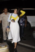 Jacqueline Fernandez snapped at airport on 7th Sept 2016 (5)_57d1100ad1ad6.JPG