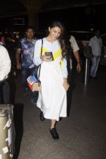 Jacqueline Fernandez snapped at airport on 7th Sept 2016 (7)_57d1100d778b2.JPG