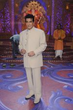 Jeetendra promote Banjo on the sets of Kumkum Bhagya on 7th Sept 2016 (93)_57d10b9f593e4.JPG