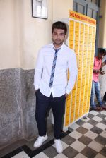 Karan Kundra at the promo shoot of upcoming season 2 of MTV_s Love school on 7th Sept 2016 (35)_57d11058c246b.JPG