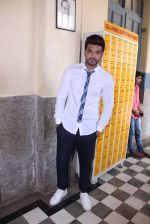 Karan Kundra at the promo shoot of upcoming season 2 of MTV_s Love school on 7th Sept 2016 (40)_57d1106146a43.JPG