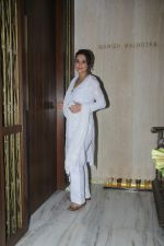 Preity Zinta at Manish Malhotra_s house on 6th Sept 2016 (10)_57d1007335dbd.jpg