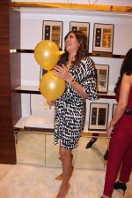 Sushmita Sen during the launch of India_s first customized gold coin store IBJA Gold, in Mumbai on 7th Sept 2016 (32)_57d10fdc94377.JPG