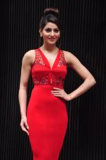 Urvashi Rautela during the launch of song Gal Ban Gayi in Mumbai on 7th Sept 2016 (13)_57d11f5f711c1.JPG