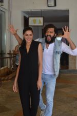 Nargis Fakhri and Riteish Deshmukh snapped for Banjo promotions in Mumbai on 8th Sept 2016 (4)_57d264136d8a6.JPG