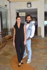 Nargis Fakhri, Riteish Deshmukh snapped for Banjo promotions in Mumbai on 8th Sept 2016 (37)_57d291add05e0.JPG
