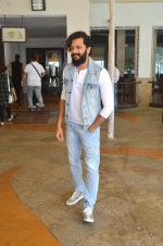 Riteish Deshmukh snapped for Banjo promotions in Mumbai on 8th Sept 2016 (43)_57d291f66b578.JPG