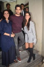 Sidharth Malhotra, Katrina Kaif at Baar Baar Dekho Screening on 8th Sept 2016 (114)_57d29e9c3770f.JPG