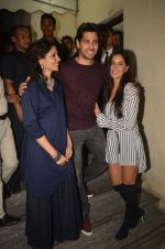 Sidharth Malhotra, Katrina Kaif at Baar Baar Dekho Screening on 8th Sept 2016 (116)_57d29ea099e59.JPG