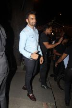 Upen Patel at Raj Kundra_s birthday in The Korner House on 8th Sept 2016 (291)_57d2972da44a3.JPG
