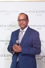 Venu Nair (MD Marks & Spencer Reliance India) at the Autumn16 Launch at DLF Mall of India_57d2a04737953.jpg