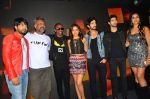 Ankit Tiwari, Anubhav Sinha, Dwayne Bravo, Neha Sharma, Aashim Gulati, Aditya Seal at Tum Bin 2 On Location on 9th Sept 2016 (49)_57d41d8593766.JPG