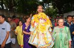 Dimple Kapadia Ganpati Visarjan on 9th Sept 2016 (5)_57d40c5e489b6.JPG