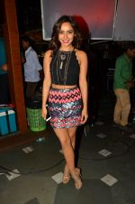 Neha Sharma at Tum Bin 2 On Location on 9th Sept 2016 (43)_57d41d93889c7.JPG