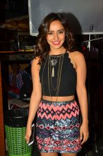 Neha Sharma at Tum Bin 2 On Location on 9th Sept 2016 (47)_57d41d9a6fd9c.JPG