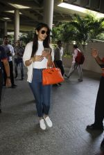 Sonal Chauhan snapped at airport on 9th Sept 2016 (19)_57d415f9c5867.JPG