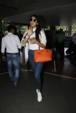 Sonal Chauhan snapped at airport on 9th Sept 2016 (20)_57d415fa82976.JPG