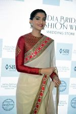 Sonam Kapoor during the launch of the first Indian Bridal Fashion Week Wedding Store, in New Delhi on 9th Sept 2016 (25)_57d417891b501.jpg