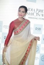 Sonam Kapoor during the launch of the first Indian Bridal Fashion Week Wedding Store, in New Delhi on 9th Sept 2016 (35)_57d4178fc9e53.jpg