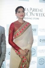 Sonam Kapoor during the launch of the first Indian Bridal Fashion Week Wedding Store, in New Delhi on 9th Sept 2016 (36)_57d41790904dd.jpg