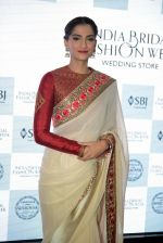 Sonam Kapoor during the launch of the first Indian Bridal Fashion Week Wedding Store, in New Delhi on 9th Sept 2016 (27)_57d41789bf8d4.jpg