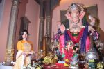 Sophie Choudry at Ganpati mandal on 9th Sept 2016 (47)_57d417fa080fe.JPG