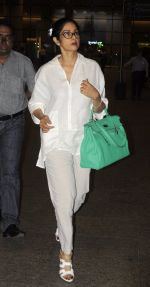 Sridevi snapped on 9th Sept 2016 (4)_57d4182037892.JPG