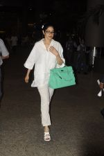 Sridevi snapped on 9th Sept 2016 (8)_57d4182344c1b.JPG
