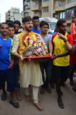 Vivek Oberoi Ganpati Visarjan on 9th Sept 2016 (27)_57d40dc6dd4c8.JPG