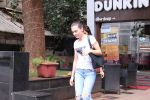 Disha Patani snapped in Bandra on 12th Sept 2016 (7)_57d6bf122018d.JPG