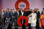 Kareena Kapoor Khan, Farhan Akhtar, Amitabh Bachchan, Aamir Khan at the launch of Global Citizen India on 11th Sept 2016 (73)_57d6c2f6446aa.JPG