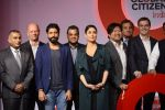 Kareena Kapoor Khan, Farhan Akhtar at the launch of Global Citizen India on 11th Sept 2016 (55)_57d6c34056d2b.JPG
