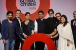 Kareena Kapoor Khan, Farhan Akhtar, Amitabh Bachchan, Aamir Khan at the launch of Global Citizen India on 11th Sept 2016 (84)_57d6c2f9e7b27.JPG