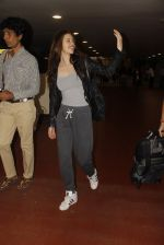 Kalki Koechlin snapped at airport on 12th Sept 2016 (1)_57d76c7c43a35.JPG