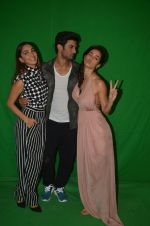 Kiara Advani, Sushant Singh Rajput,Disha Patani at the promotion of M S Dhoni on 13th Sept 2016 (7)_57d7eb140c329.jpg