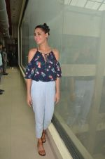 Nargis Fakhri promote their movie Banjo at BIG FM on 12th Sept 2016 (29)_57d76d5f9a59c.JPG