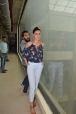 Ritesh Deshmukh and Nargis Fakhri promote their movie Banjo at BIG FM on 12th Sept 2016 (50)_57d76da47ff88.JPG