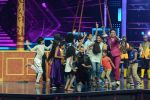 Ritesh Deshmukh on the sets of Dance Plus on 12th Sept 2016 (118)_57d7a108a4d10.JPG