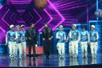 Ritesh Deshmukh, Remo D Souza on the sets of Dance Plus on 12th Sept 2016 (82)_57d7a0e2090c0.JPG