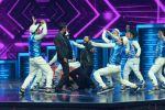 Ritesh Deshmukh, Remo D Souza on the sets of Dance Plus on 12th Sept 2016 (87)_57d7a10dcff51.JPG