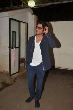 Sunil Grover at Pink Screening in Sunny Super Sound on 12th Sept 2016 (63)_57d7aa28ea310.JPG