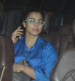 kajol snapped with family on 12th Sept 2016 (9)_57d79c021779f.JPG