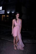 Disha Patani snapped outside her apartment on 13th Sept 2016 (1)_57d8f60e58b27.JPG